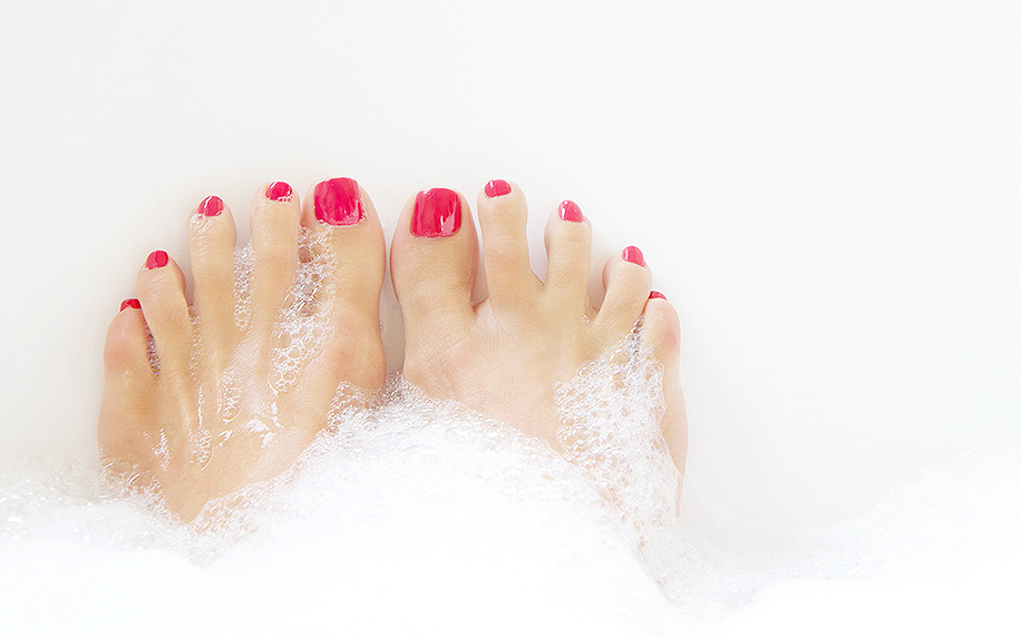 How CBD Soaking Salt Could Help With Rough Feet